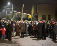 droga krzyzowa ulicami parafii 2016 (6)